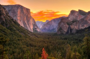 Yosemite – The Revolutionized MAC OS That's Surpassing the Mountain, Reaching the Sky!